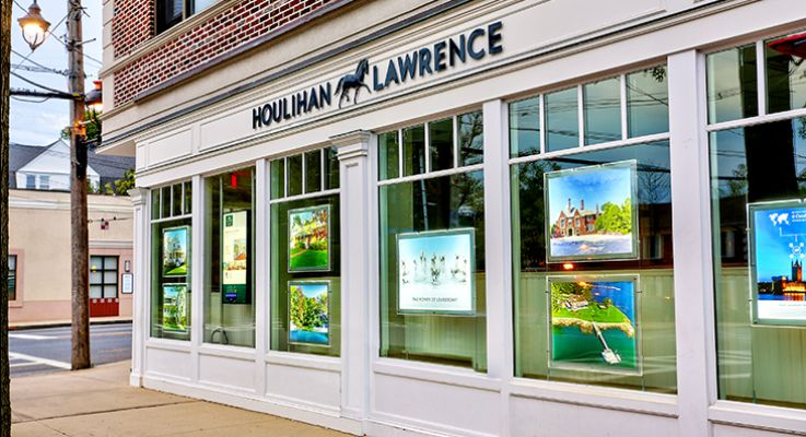 Larchmont Brokerage