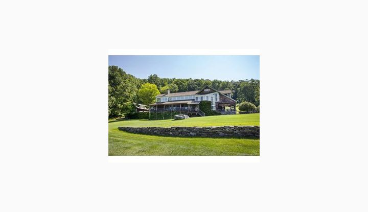 18 Knibloe Hill Rd Sharon, CT 06069 - Image 1