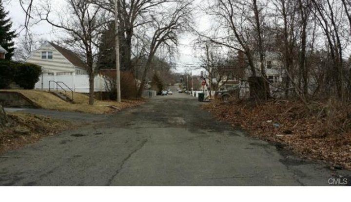 38 Infield Street - Image 1