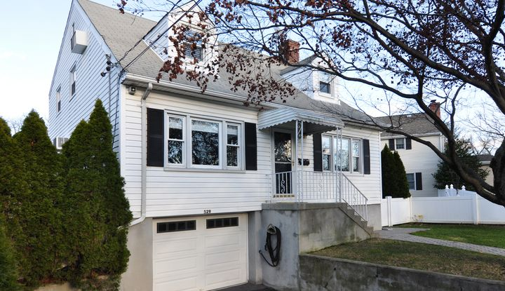 529 New Rochelle Road - Image 1
