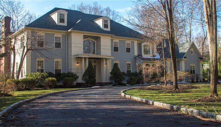 18 Hampton Drive - Image 1