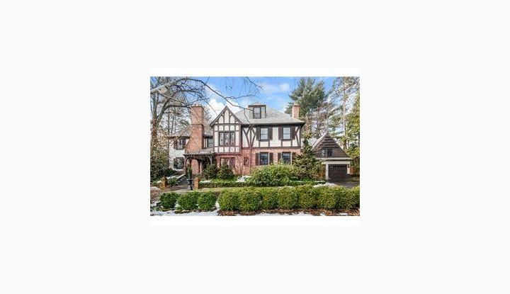 85 Ledyard Rd W Hartford, CT 06117 - Image 1