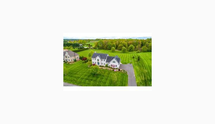 35 Highland Ridge Dr Suffield, CT 06078 - Image 1