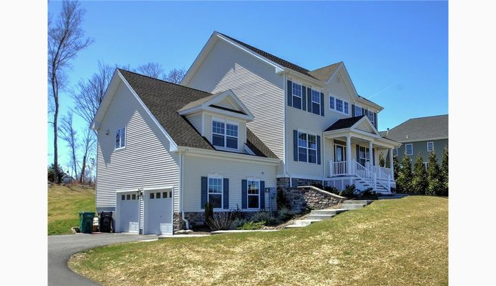 3 Fox Run Ln Seymour, CT 06483 - Image 1