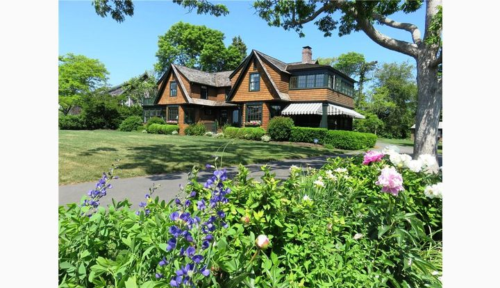 26 Middle Beach Road, West Madison, CT 06443 - Image 1