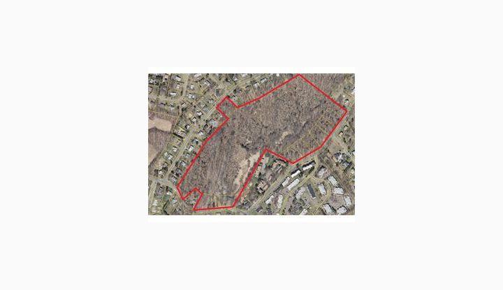 33 Foxon Hill Rd E Haven, CT 06513 - Image 1