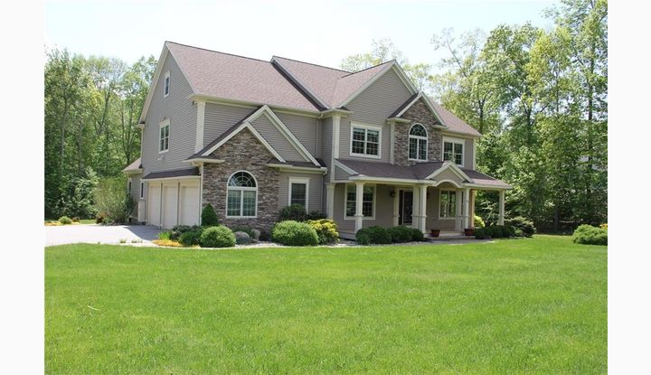 60 Beacon Hill Drive Mansfield, CT 06268 - Image 1