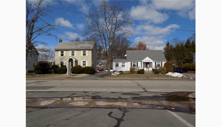735 Farmington Avenue Bristol, Connecticut 06010 - Image 1