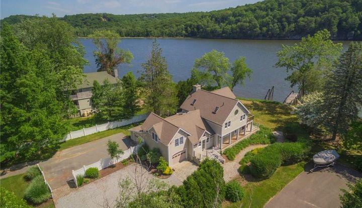 35-16 Castle View Drive - Image 1