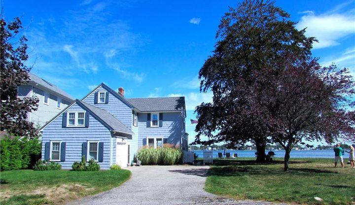 70 Shorefront Park - Image 1