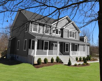 Photo of 28 KNOLL CT