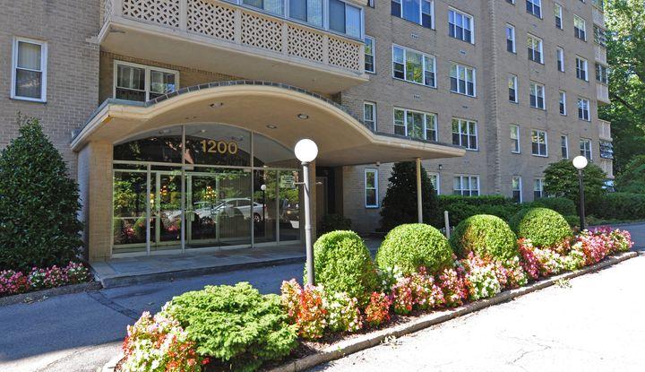 1200 Midland Avenue 5D - Image 1