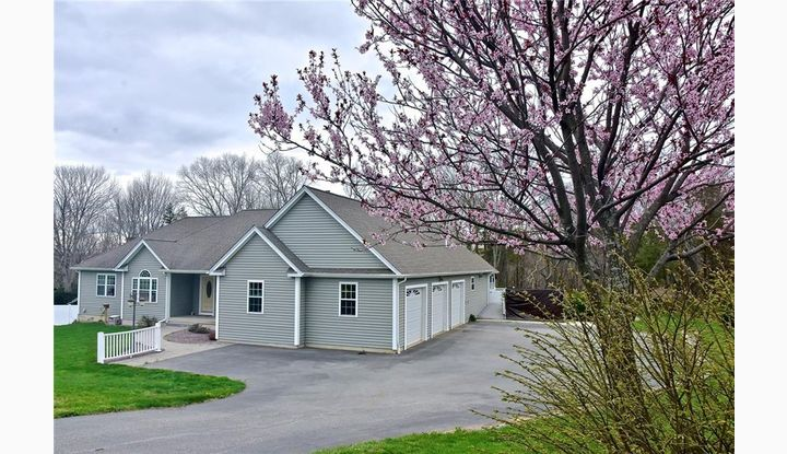 256 Old Jewett City Rd Preston, CT 06365 - Image 1