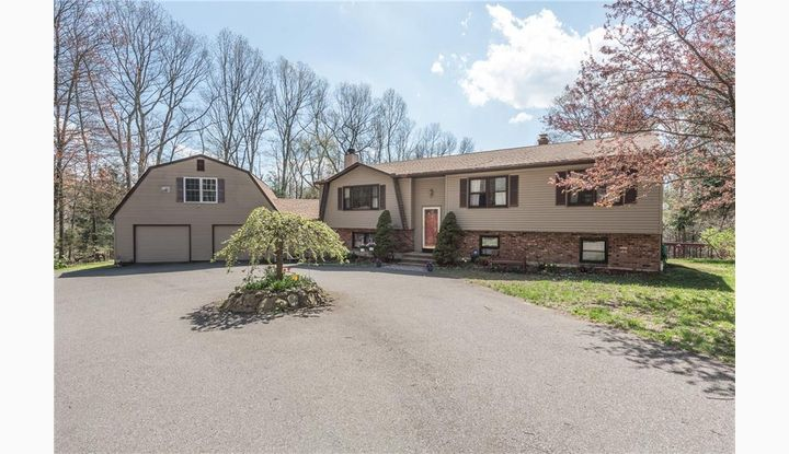114 Bayberry Dr Thomaston, CT 06787 - Image 1