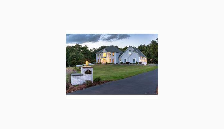 6 Rebecca Dr Enfield, CT 06082 - Image 1