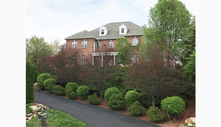 106 Fox Hill Dr Rocky Hill, CT 06067 - Image 1