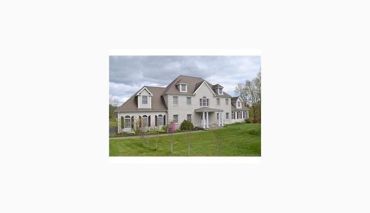 8 Sky Meadow Rd Bethlehem, CT 06751 - Image 1