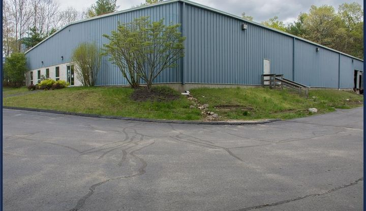 122 Industrial ParK Road - Image 1