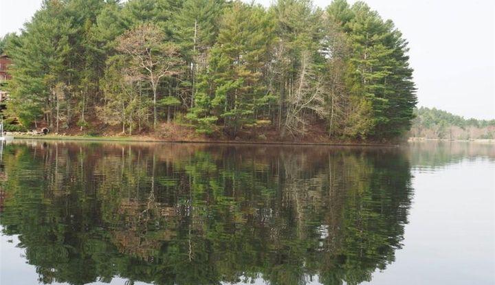 16 Lakeside Terrace - Image 1
