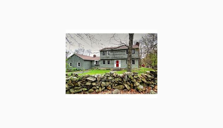 29 Hunters Trl Bethany, CT 06524 - Image 1