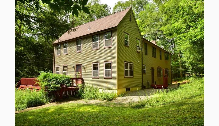 162 James Rd Ashford, CT 06278 - Image 1