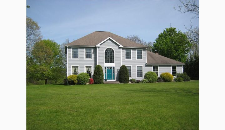 186 West Quasset Rd Woodstock, CT 06281 - Image 1