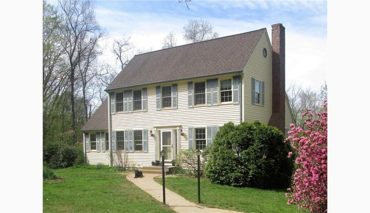 110 Meeting House Hill Rd Franklin, CT 06254 - Image 1