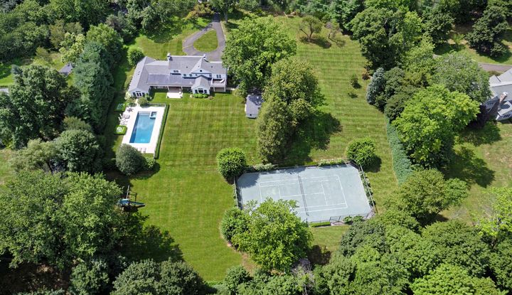 6 South Sterling Road - Image 1