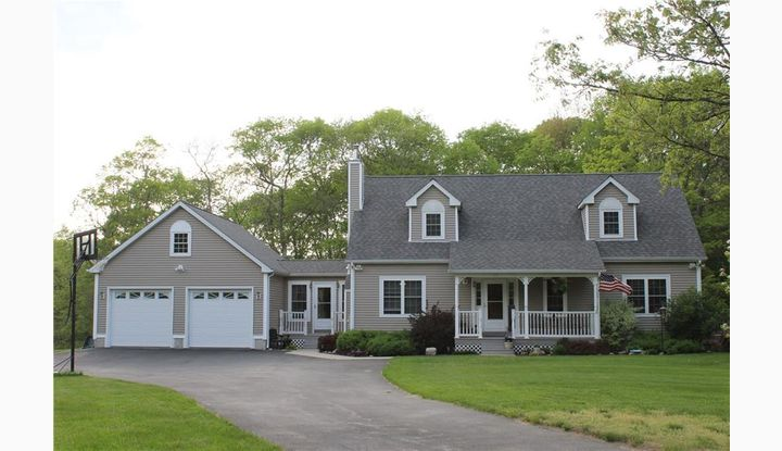 629 Margaret Henry Rd Sterling, CT 06377 - Image 1