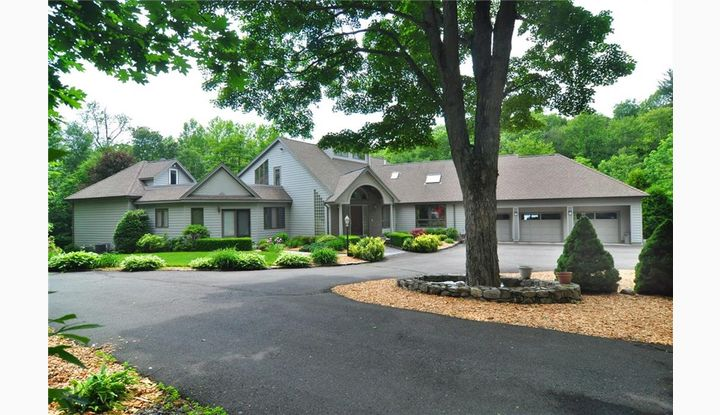 88 Humiston Drive Bethany, CT 06524 - Image 1