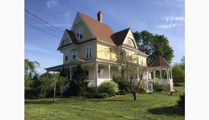 41 Newport Rd Sterling, CT 06377 - Image 1