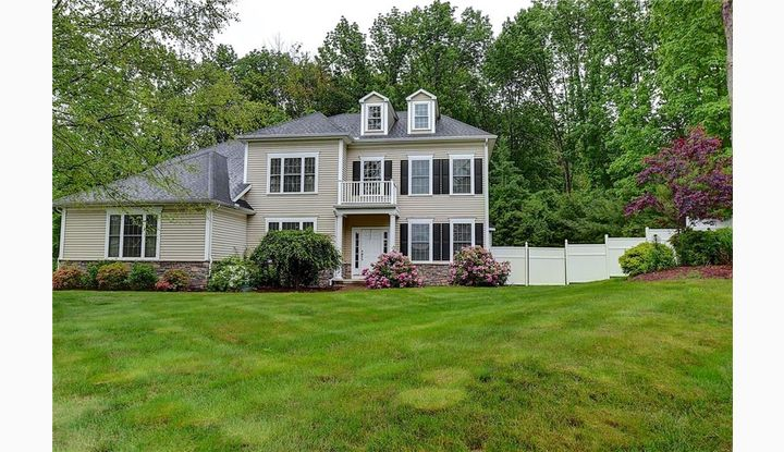 25 Cocconi Dr Bolton, CT 06043 - Image 1