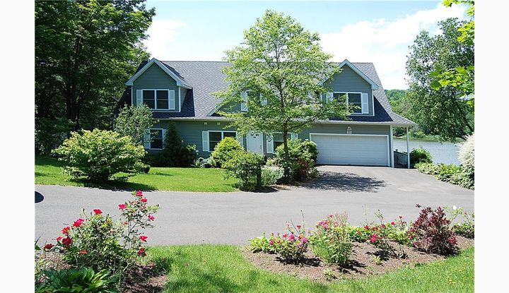 203 Twin Lakes Road North Branford, Connecticut 06471 - Image 1