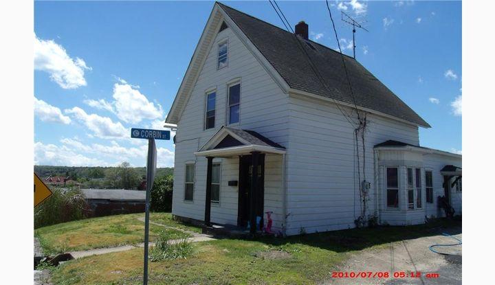 118 School St Putnam, CT 06260 - Image 1