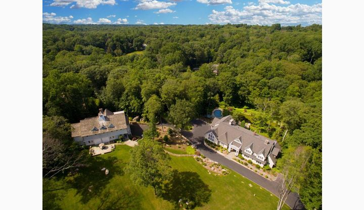 360 Laurel Road New Canaan, CT 06840 - Image 1