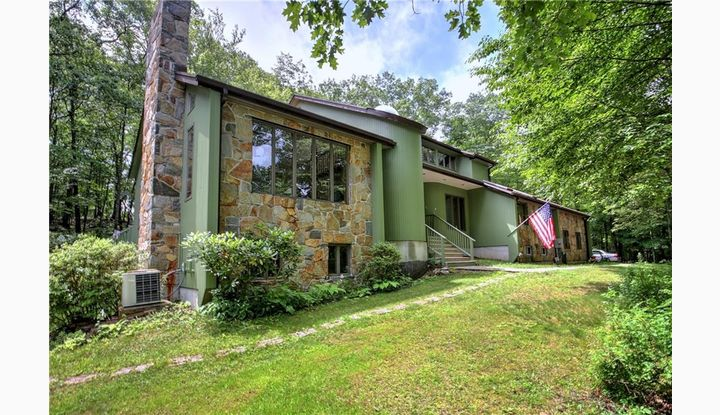266 Andrew Mountain Rd Naugatuck, CT 06770 - Image 1