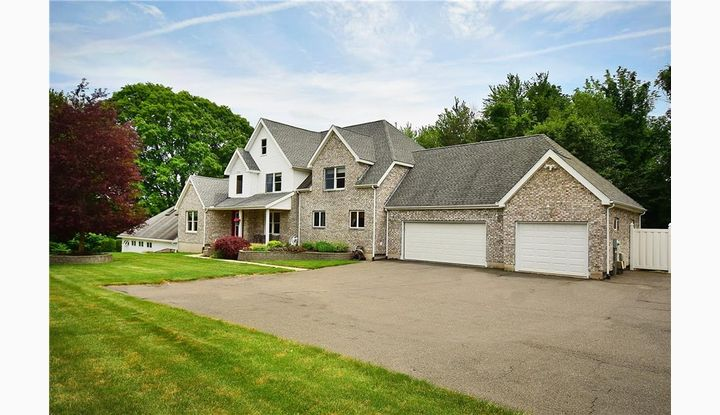 144B Red Stone Hl Plainville, CT 06062 - Image 1