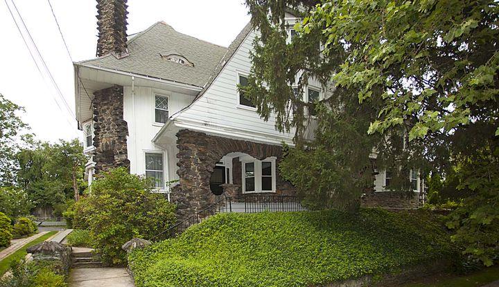 239 Park Hill Avenue - Image 1