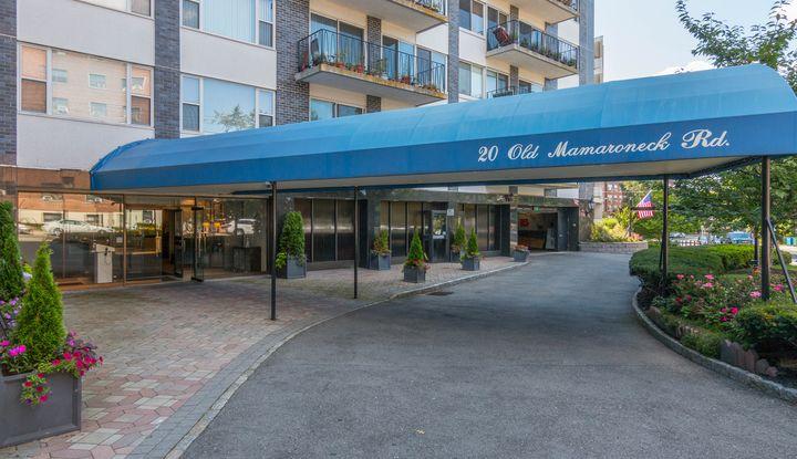 20 Old Mamaroneck Road 7N - Image 1