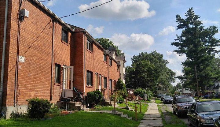 30 Auburn Street - Image 1