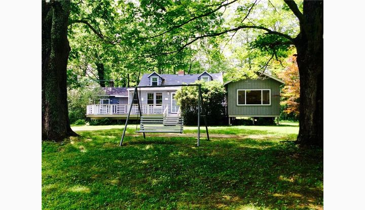 30 Huntington Rd Scotland, CT 06264 - Image 1