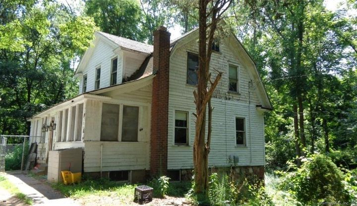 28 Cook Hill Road - Image 1