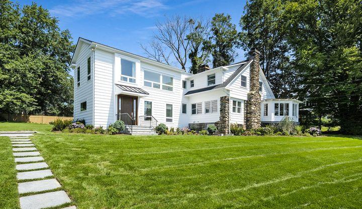 521 Shore Acres Drive - Image 1