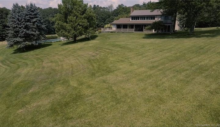 3 Upland Pastures Road - Image 1