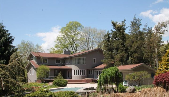 1164 Sport Hill Road - Image 1