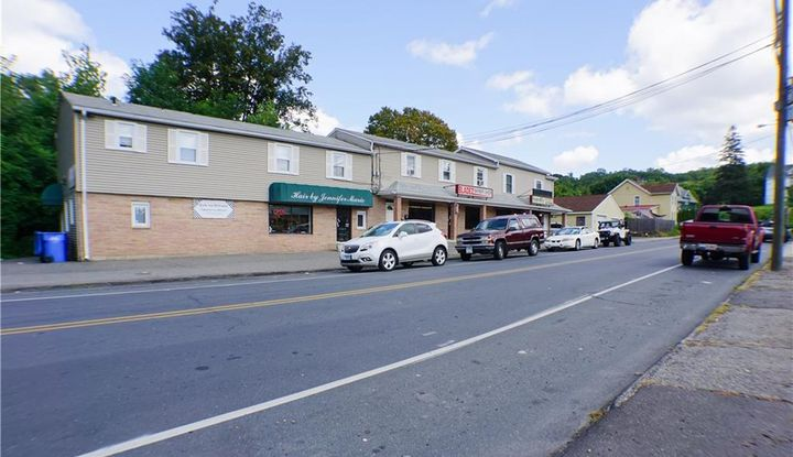 683 Hill Street - Image 1