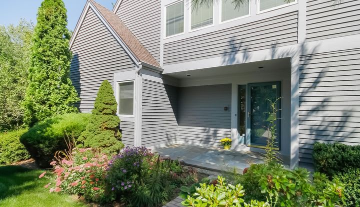 230 New Canaan Avenue #16 - Image 1