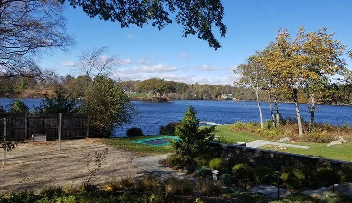 45 Taunton Lake Road - Image 1