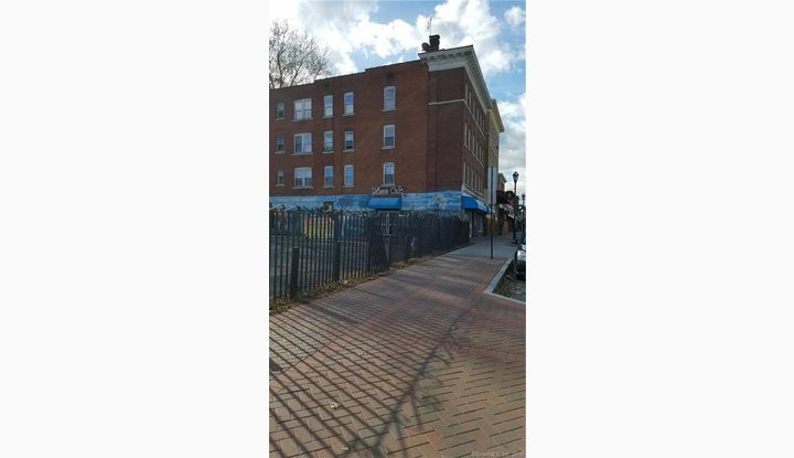 1575 Park Street Hartford, CT 06106 - Image 1