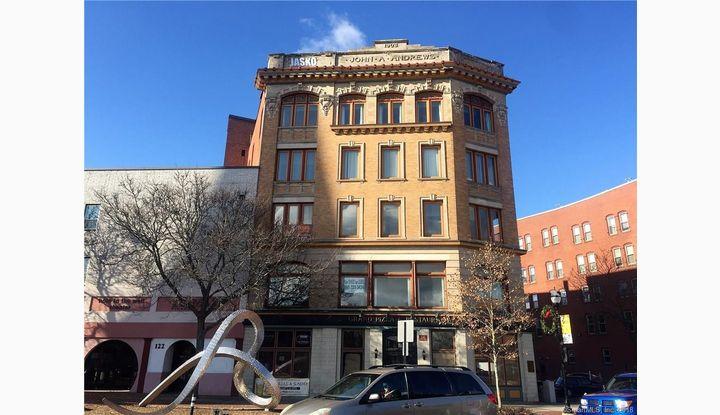 132 Main Street New Britain, CT 06051 - Image 1